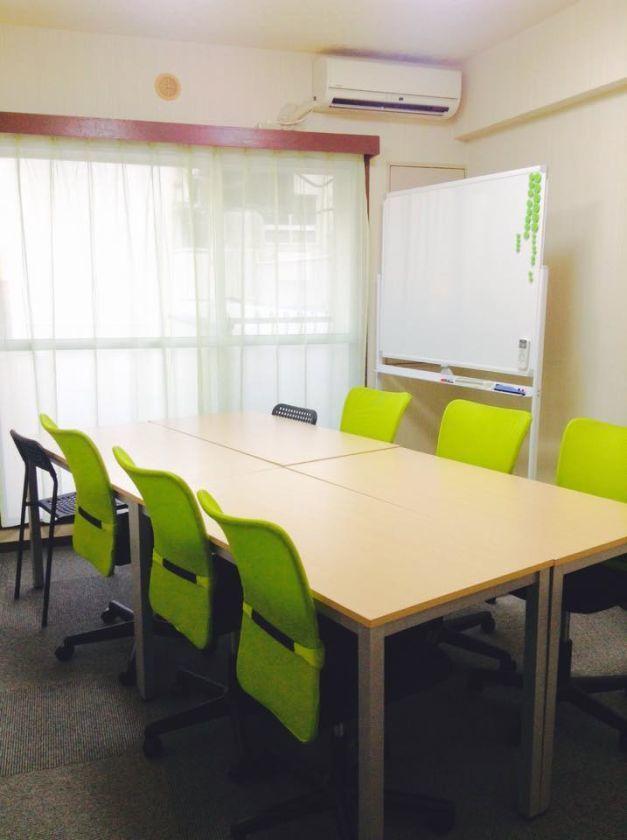 【名古屋駅徒歩3分】明るく、清潔、静かな会議室『K+名古屋』(+グループ会議室) の写真0