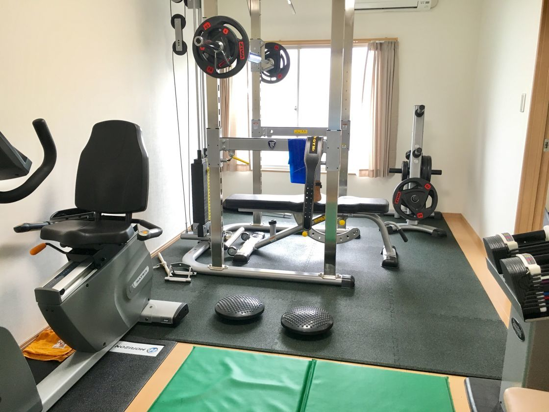 アパートの一室をリノベーションした本格的なトレーニングジム 気楽にトレーニングしたい方やトレーナーにおすすめ <無料駐車場完備>(株式会社トワスール パーソナルジム) の写真0