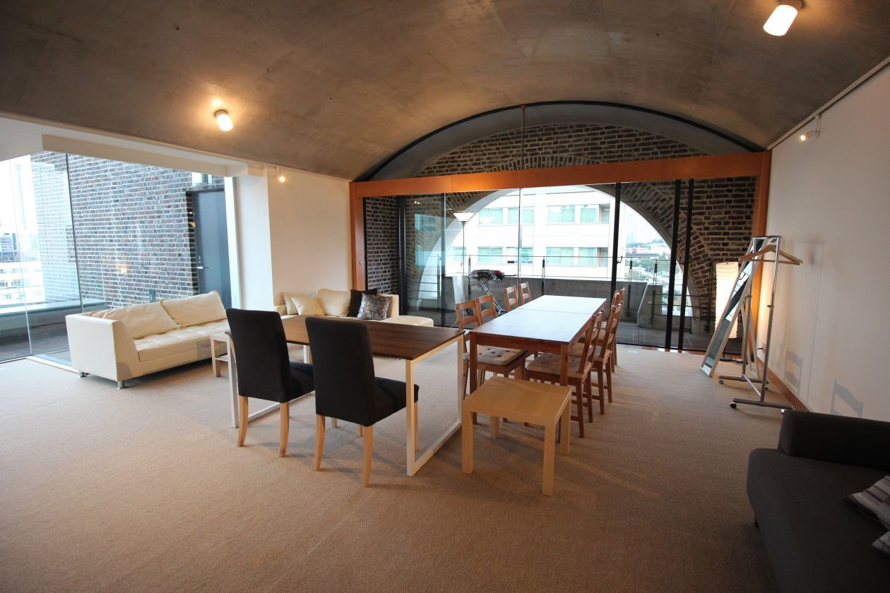 【新宿 信濃町】本格キッチン!150㎡豪華ペントハウス の写真