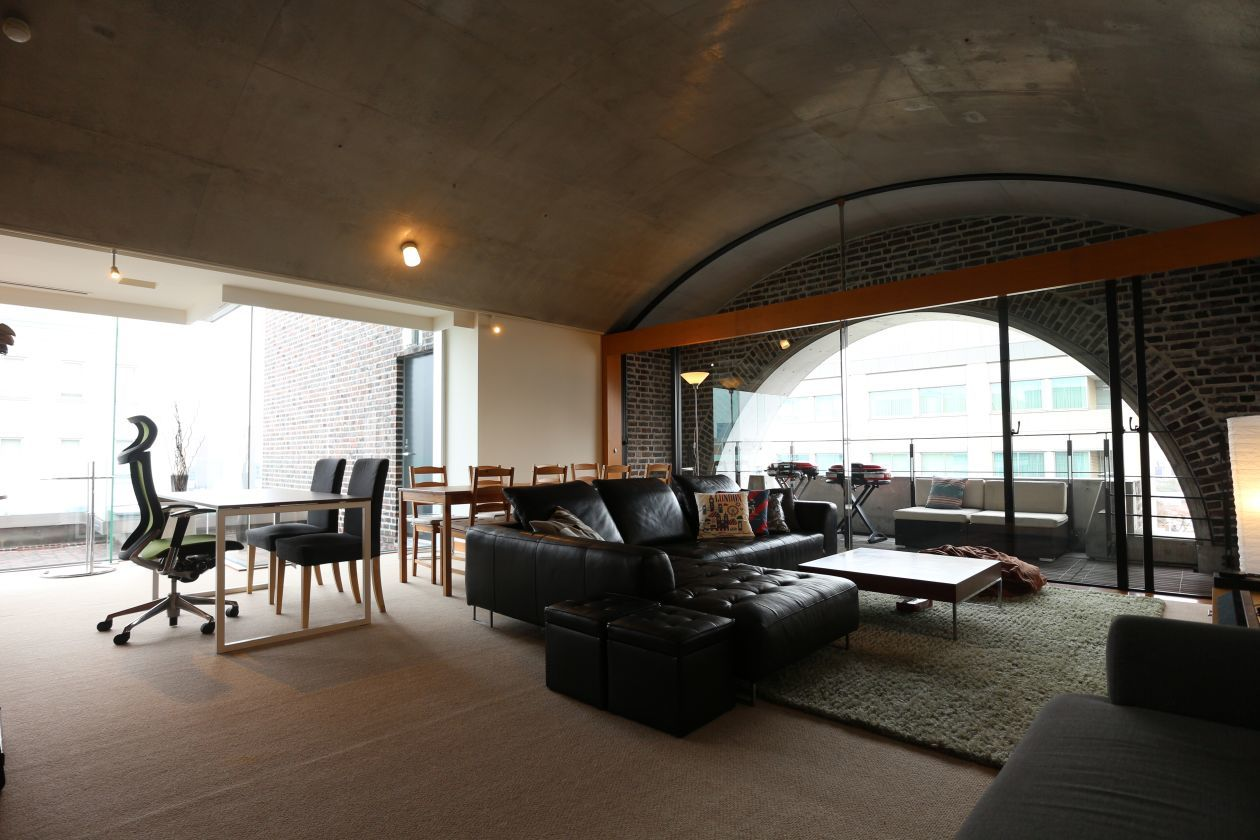【新宿 信濃町】本格キッチン!150㎡バーベキュー可能ペントハウス の写真