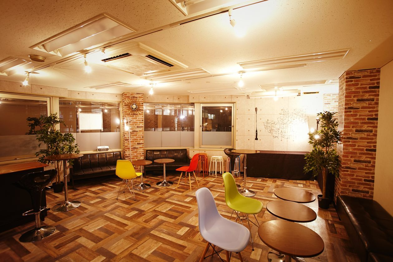 渋谷と青山の間に位置する、少人数で集まれる隠れ家スペース パーティに最適です