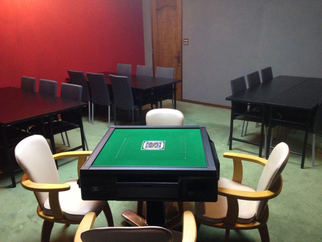 【なんば駅徒歩5分】24時間営業の一軒家  15帖の洋室 全自動麻雀卓付 ゲームイベントや大会、パーティにおすすめ ルームD(大阪なんば 難波一軒家レンタルスペースLien(リアン)) の写真0