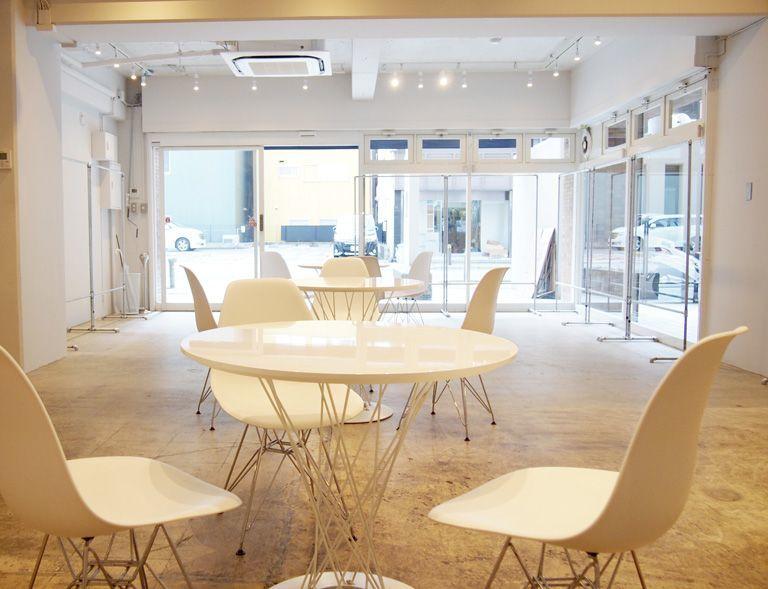 【大阪市西区】本町・南船場・難波からも近く会場には駐車スペースが2台分あり25坪の雰囲気のあるお洒落な展示会場です(plage showroom) の写真0