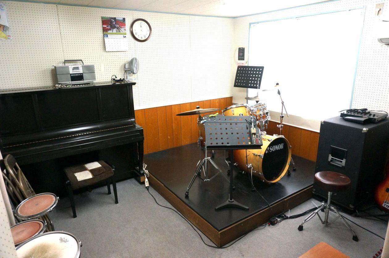 西武池袋線「東長崎」駅徒歩1分 楽器演奏、打ち合わせ、作業が可能な防音ルーム(Room4)/池袋 演奏 防音 の写真