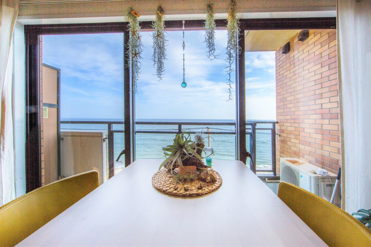 【鎌倉高校前駅徒歩0分】オーシャンビューのキッチン付きスペース(THE FREEDOM HOUSE beyond the Sea) の写真0