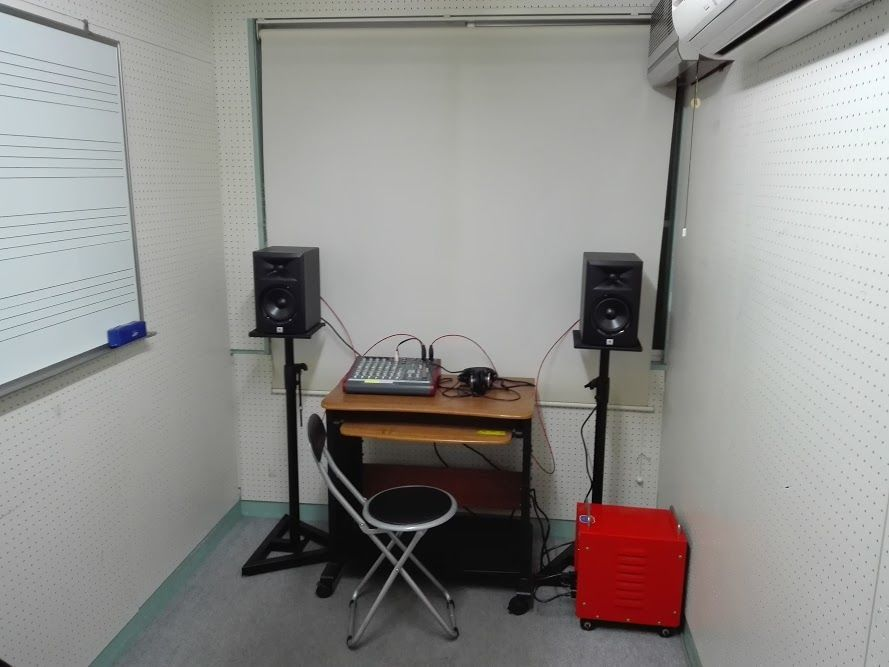西武池袋線「東長崎」駅徒歩1分 楽器演奏、打ち合わせ、作業が可能な防音ルーム(Room1)/池袋 演奏 防音