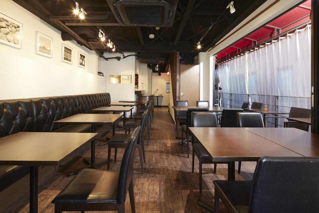 麻布十番駅から徒歩1分!麻布十番商店街にひっそり佇むキッチン付きのおしゃれな空間です! のカバー写真
