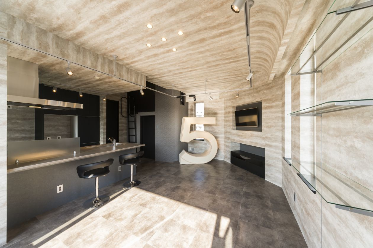 【ワークショップ・ママ会・撮影】ほっと出来るオープンテラスやテレビ付き浴槽も完備!築1年の新築レンタルスペース。 の写真
