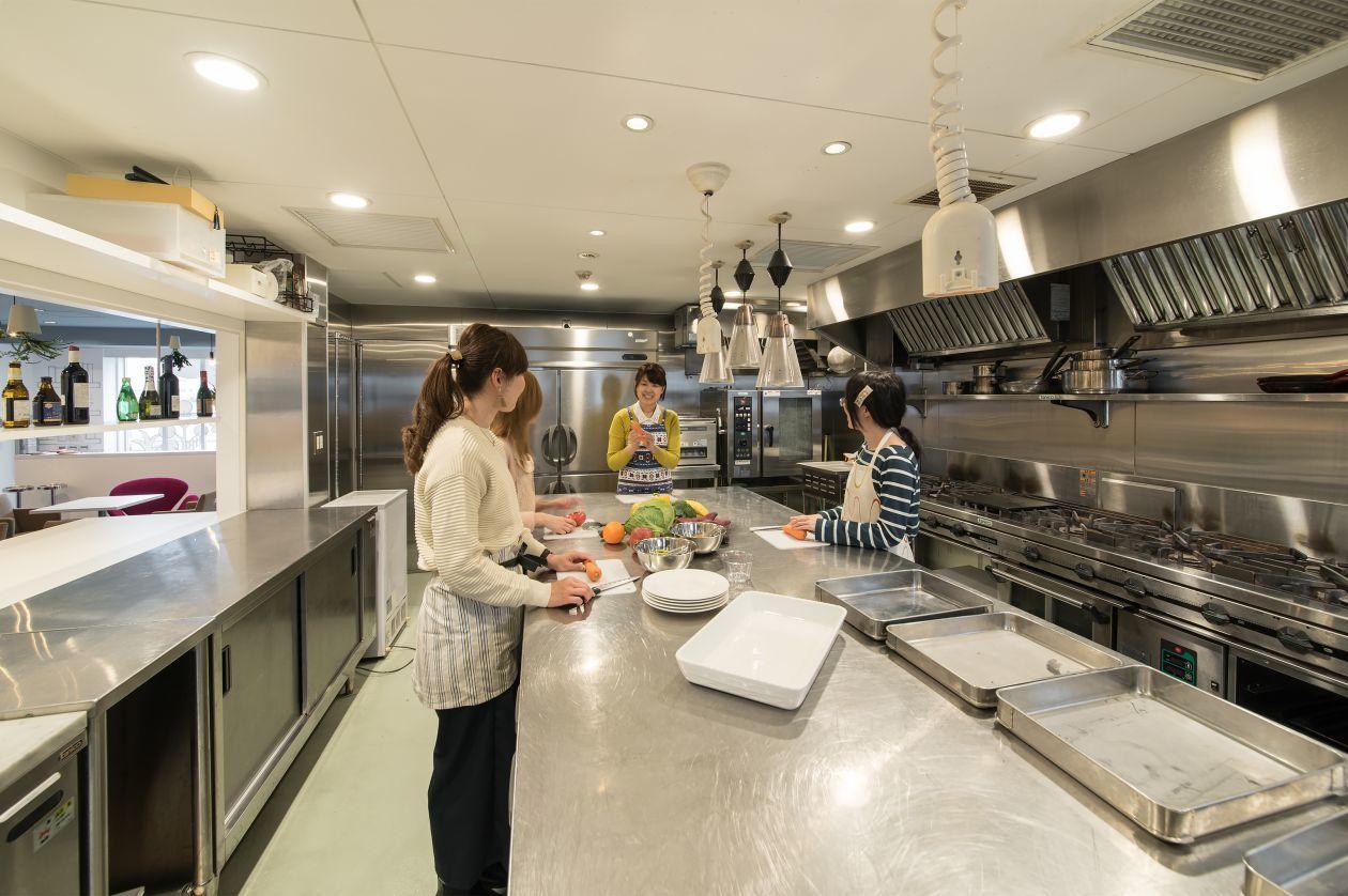 【名古屋】料理教室/試食会/おもてなし会等 に便利な本格キッチンレンタルスペース(【名古屋市】キッチン/セミナー/カルチャー 本格レンタルスペース) の写真0