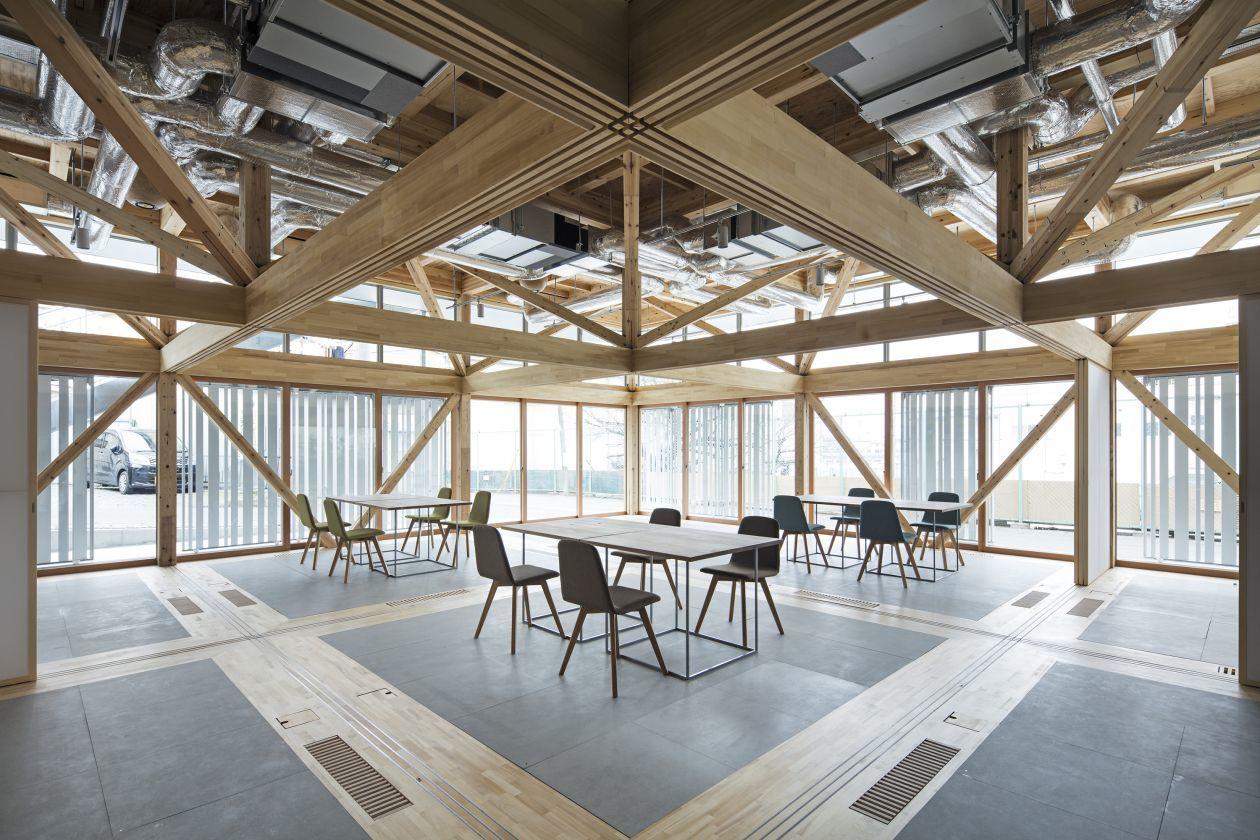 【Meeting & Workshop】木のぬくもりを感じるこだわりの多目的スペース(2コマ利用)(&VILLAGE) の写真0