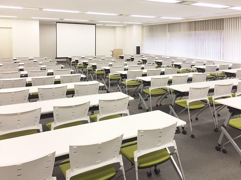 ディスプレイ等のサービスが充実、Wi-Fi完備、ケイタリング提供可能。横浜駅徒歩5分の好立地にある会議室です!(301号室)(ビジョンセンター横浜) の写真0