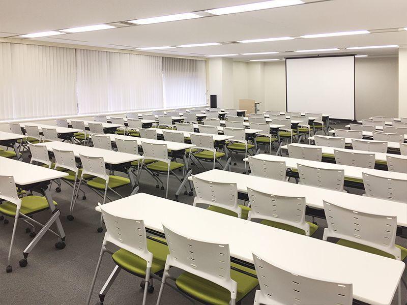 ディスプレイ等のサービスが充実、Wi-Fi完備、ケイタリング提供可能。横浜駅徒歩5分の好立地にある会議室です!(302号室)(ビジョンセンター横浜) の写真0