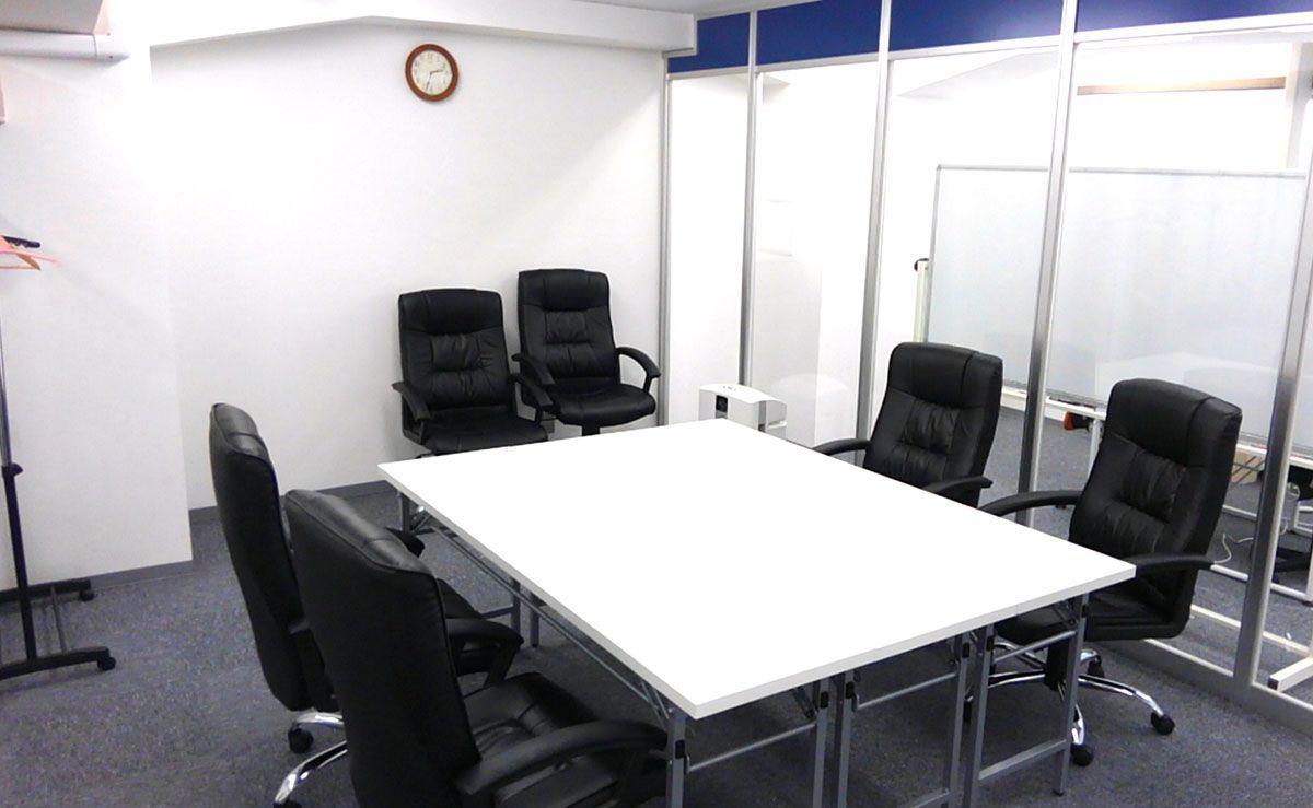 【渋谷駅徒歩3分】6名まで利用可能のミーティングルームです!ワークショップや研修にも!(貸しスペース/渋谷アイビスビル401) の写真0