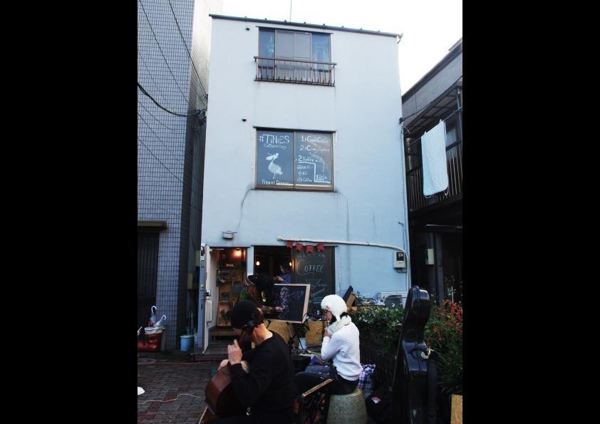 日暮里から徒歩7分の一軒家カフェ の写真