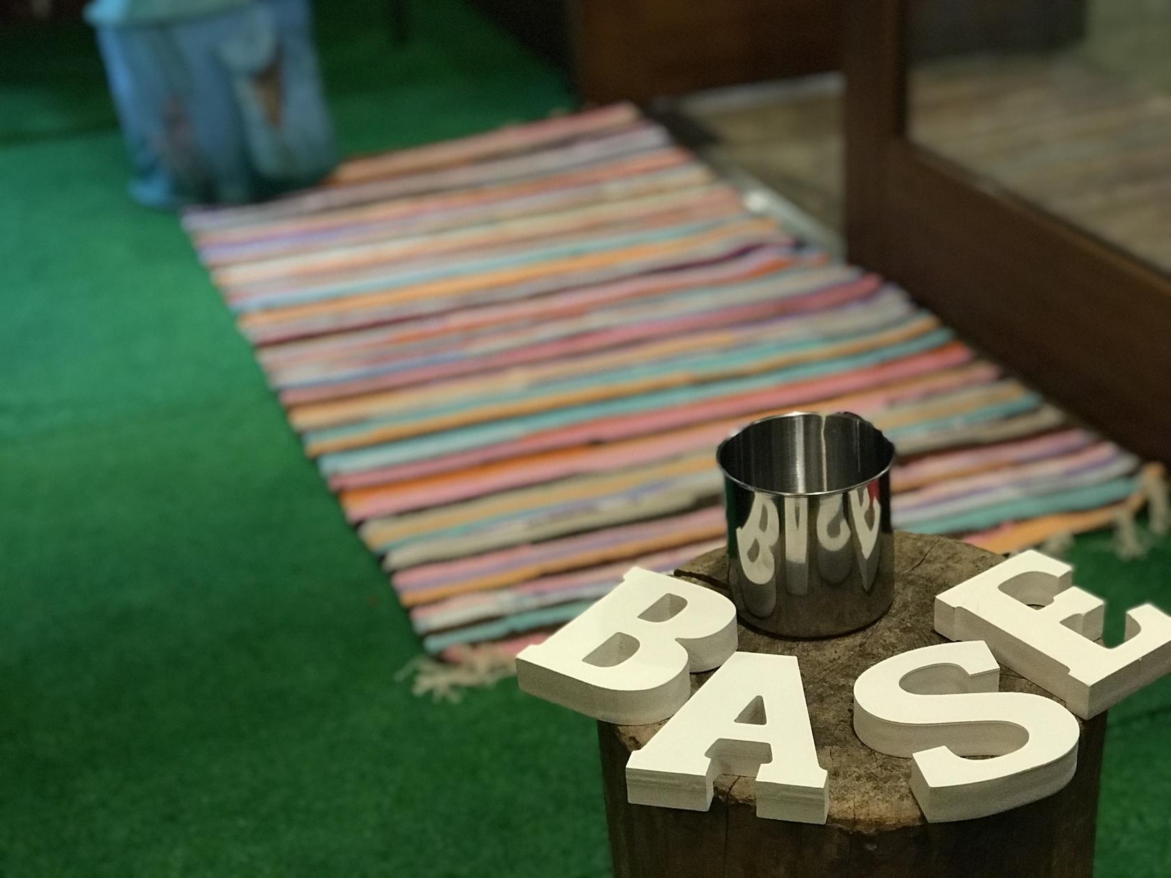 【西院駅徒歩4分】パーティや音楽イベント等で貸切出来る人気Cafe&Bar(Cafe&Bar BASE) の写真0