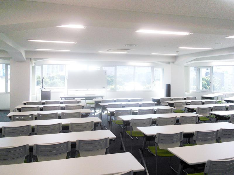 永田町駅目の前!最大220名収容可能なWi-Fi完備のホールスペース(6F Vision Hall)(ビジョンセンター永田町) の写真0