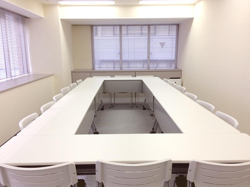 浜松町駅から徒歩3分!プロジェクターやWiFi完備。ケータリングにも対応した会議室(6F A)(ビジョンセンター浜松町) の写真0