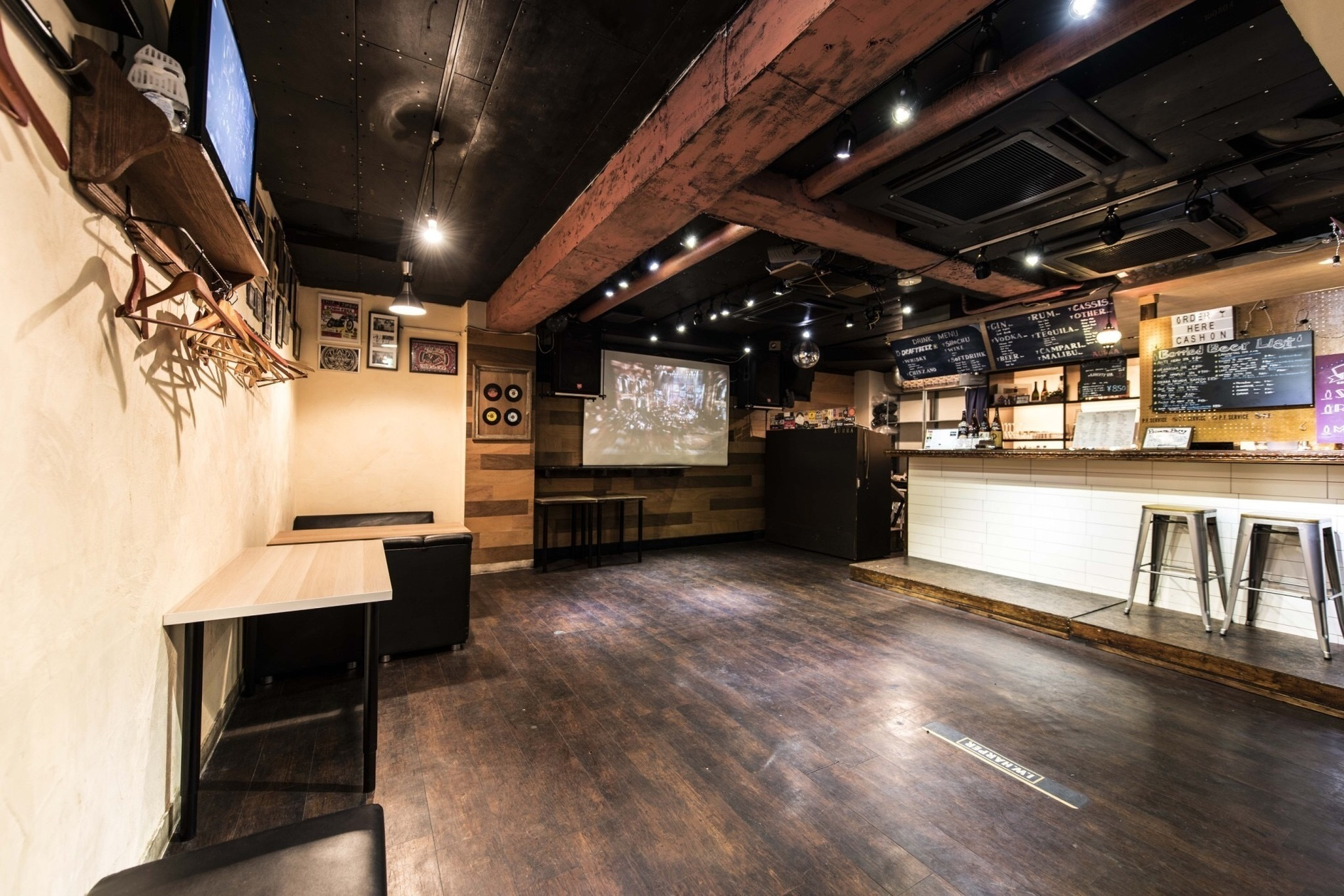 渋谷駅3分!アクセス抜群な閑静なエリア 音響・防音完備スペース 大型スクリーン、wifiあります(Shibuya Aurra) の写真0