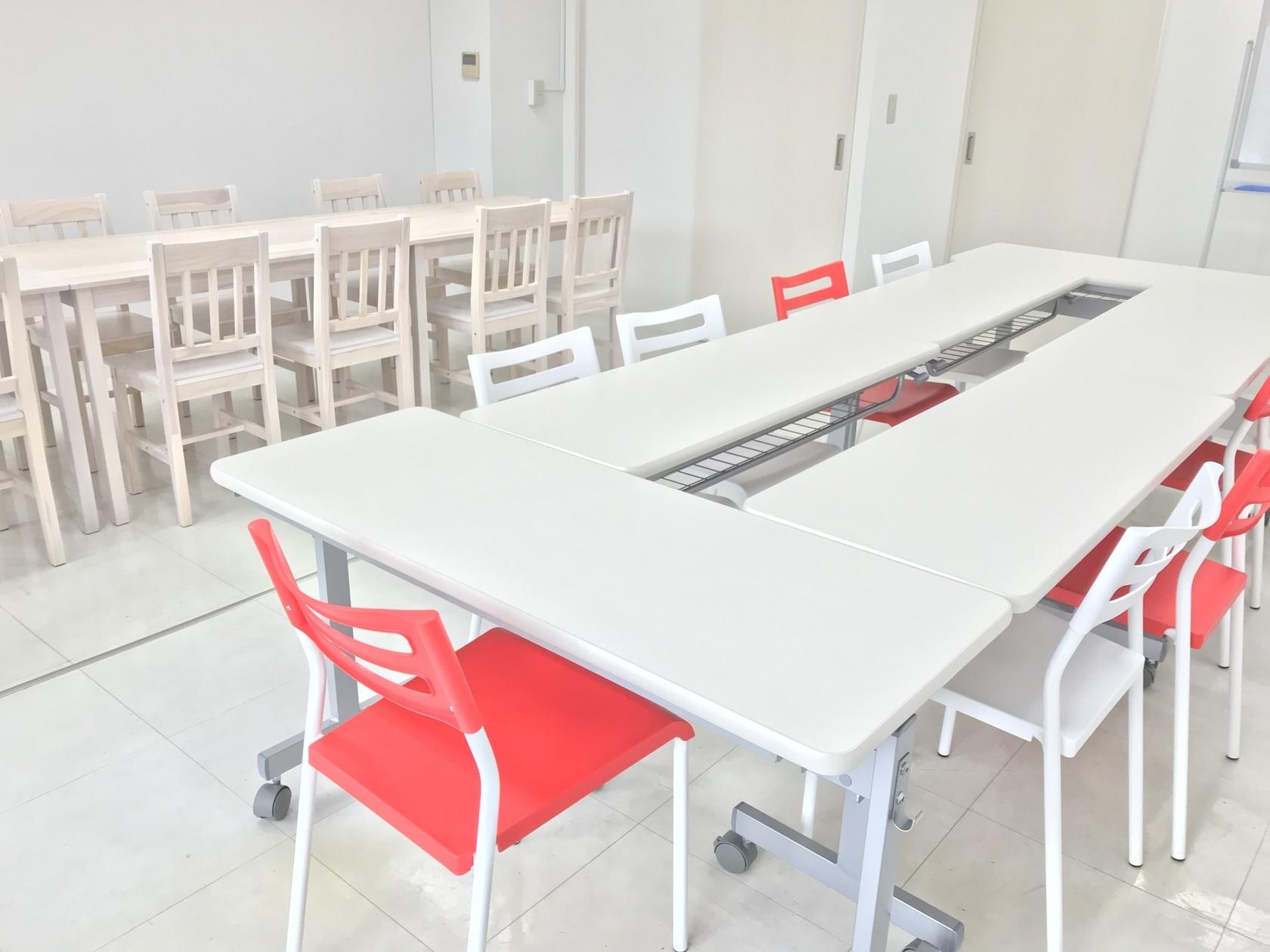 【渋谷】イベントルーム ~白を基調としたおしゃれな会議室~【渋谷駅徒歩6分】(Blenda Tiara (ブレンダ ティアラ)) の写真0