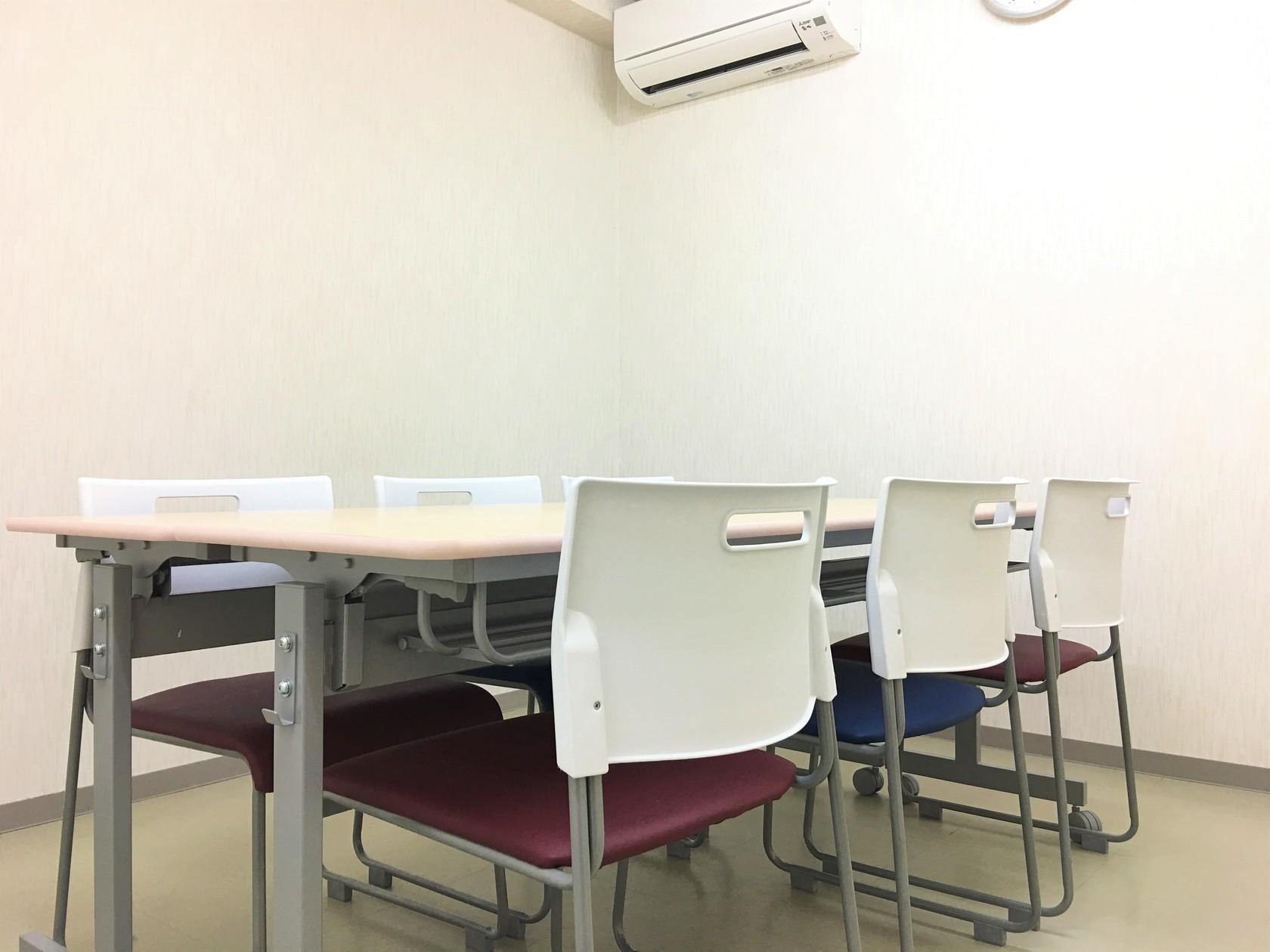 名古屋駅から徒歩6分 最大6名まで 小規模な会議に最適なkatanaオフィス名駅小会議室(名古屋駅から徒歩6分 18名まで 小規模なセミナーや会議に最適なkatanaオフィス名駅会議室) の写真0