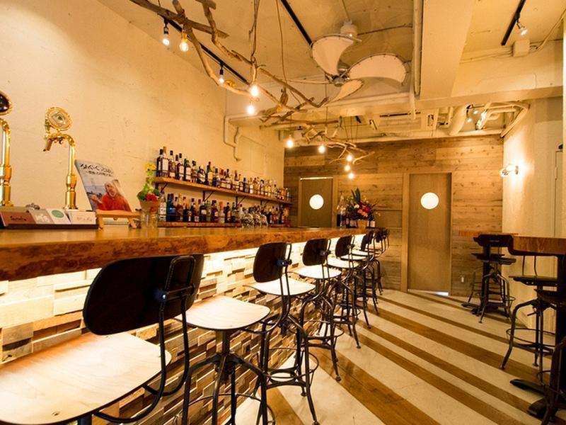 円山町入り口の流木がおしゃれなcafe&bar(円山町入り口の流木がおしゃれなcafe&bar) の写真0