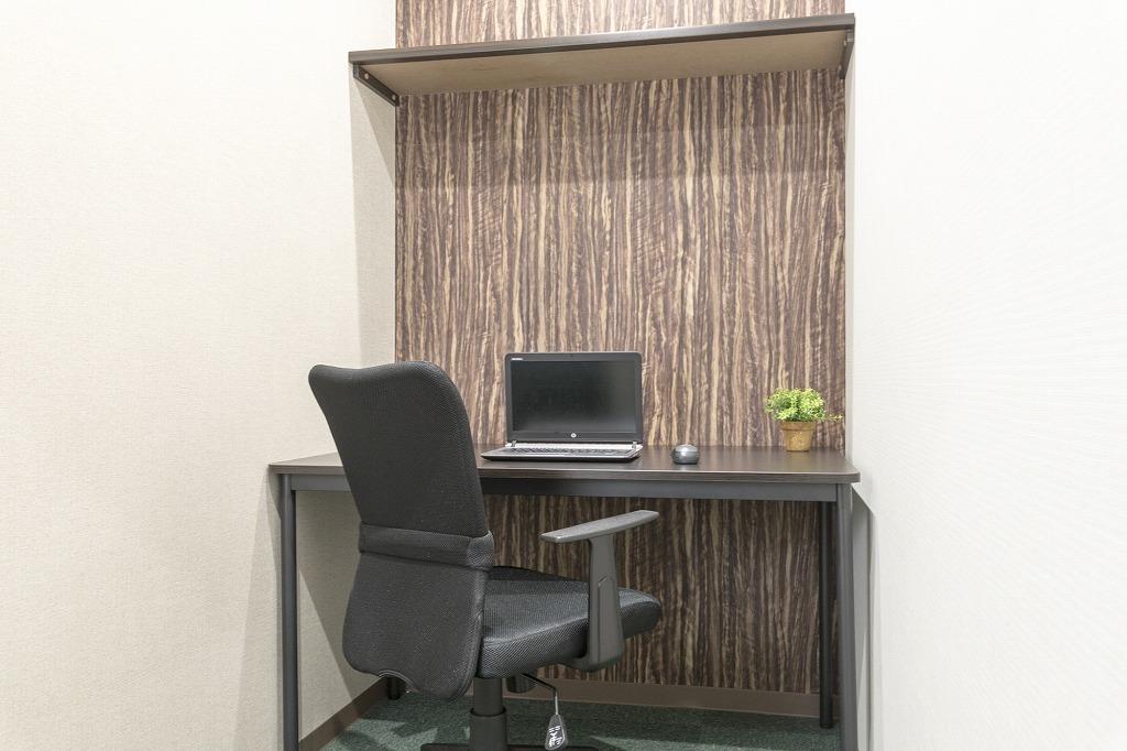 《時間貸し》個室オフィス(時間貸し個室オフィス) の写真0